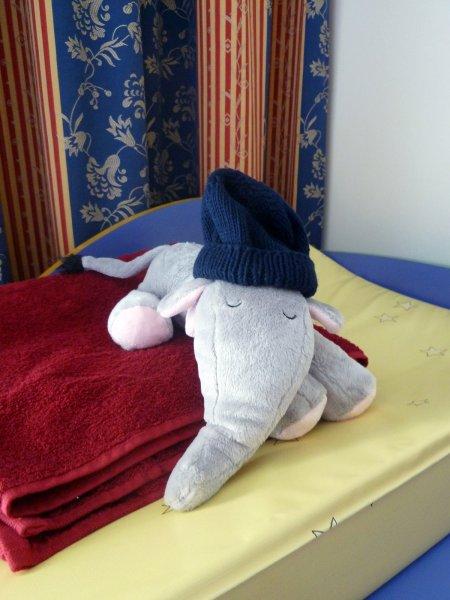 Mein Kuschelelefant von Tante Ali wartet schon auf mich